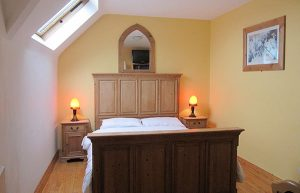 Single guest in Double bedroom at Whitehouse Tralee Bed and Breakfast Accommodation