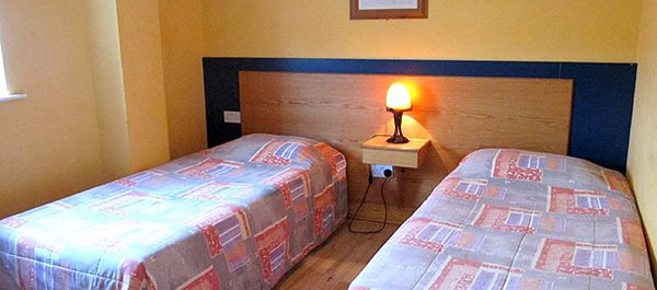 Twin Bedroom Whitehouse Accommodation Tralee
